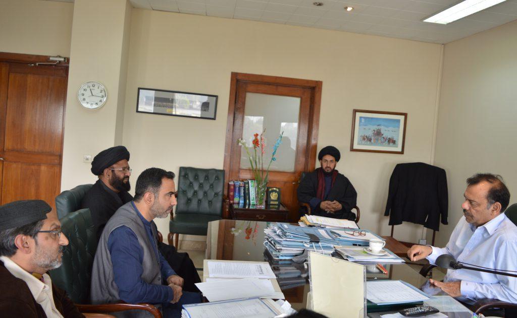 تحریک نفاذ فقہ جعفریہ کا وفد وفاقی سیکرٹری داخلہ سے زائرین کے مسئلہ کے حل کیلئے ملاقات کررہا ہے ۔