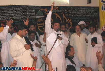 15 مئی 2009ء ۔ ۔۔علامہ ناصر عباس شاہ اللہ دتہ میں نظام عدل ریگولیشن کے خلاف آقائے موسوی کے موقف کی تائید میں اعلامیہ پیش کررہے ہیں ۔ بشکریہ جعفریہ نیوز